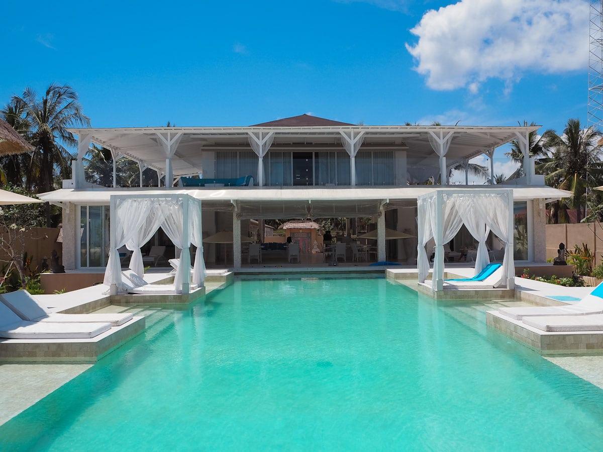 Staying At Villa Gili Bali Beach Gili Trawangan The Travel Escape