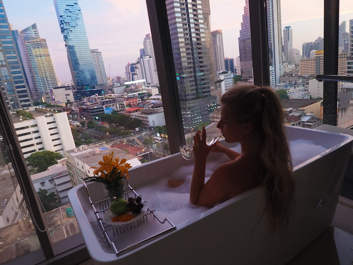 Bath tub & view at Amara bangkok